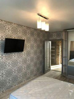 Стеценка 75, Двокімнатна квартира з ремонтом, меблями та технікою